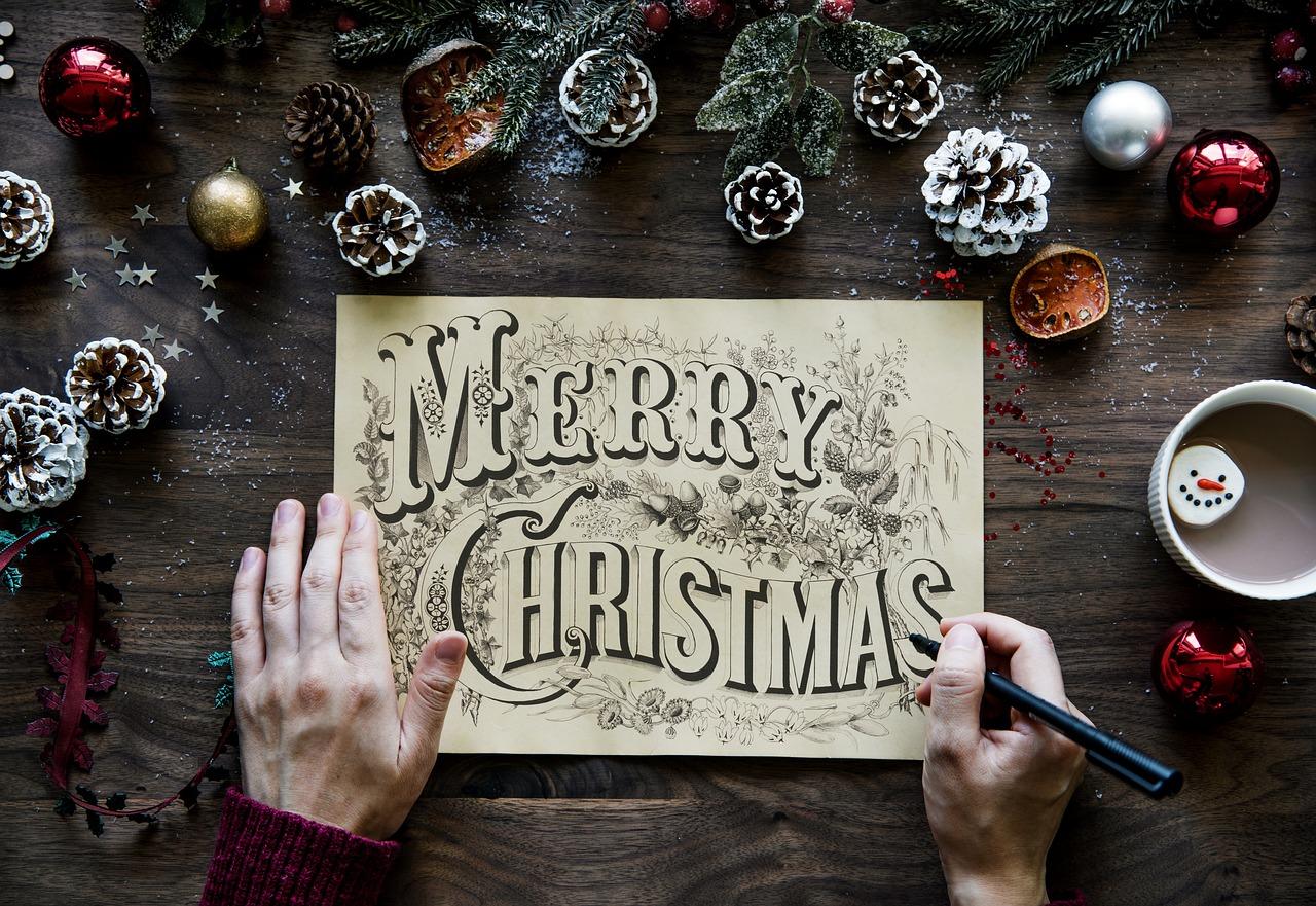 Dekoracja stołu na Boże Narodzenie. Dekoracja stołu na święta