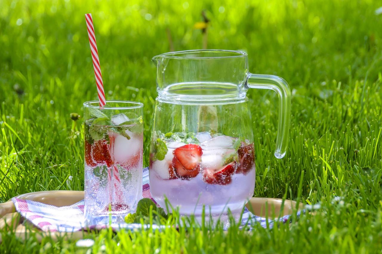 Jonizowana woda alkaliczna – charakterystyka i właściwości