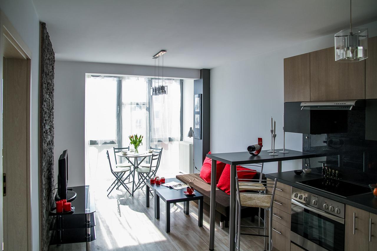 Jakie wybrać drzwi do wnętrza mieszkania? Jakie drzwi wewnętrzne do domu jednorodzinnego?