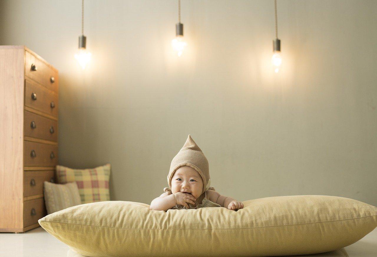 Pokój dla noworodka – co powinno się w nim znaleźć?